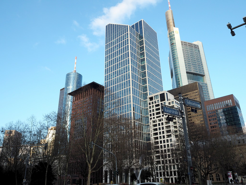 Frankfurt erkunden mit der Alternative Free Walking Tour