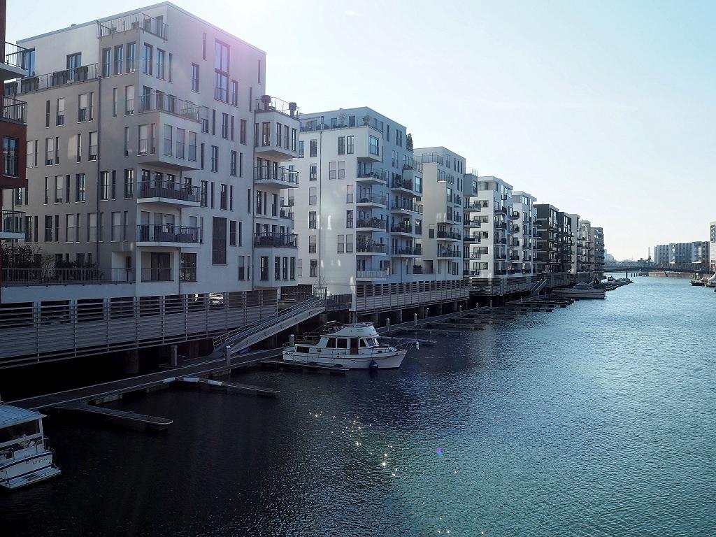 Frankfurter Westhafen – Vom Binnenhafen zur schicken Wohngegend